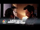 V�deo: Seth Brings Jon Snow to a Dinner Party - Late Night with Seth Meyers