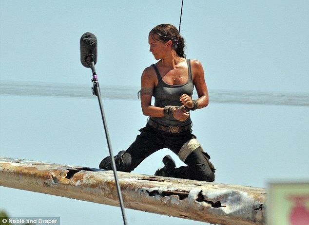Post - Lara Croft Rebbot -- Primeras imagenes de Alicie Vikander Rise_of_the_tomb_raider-3635171